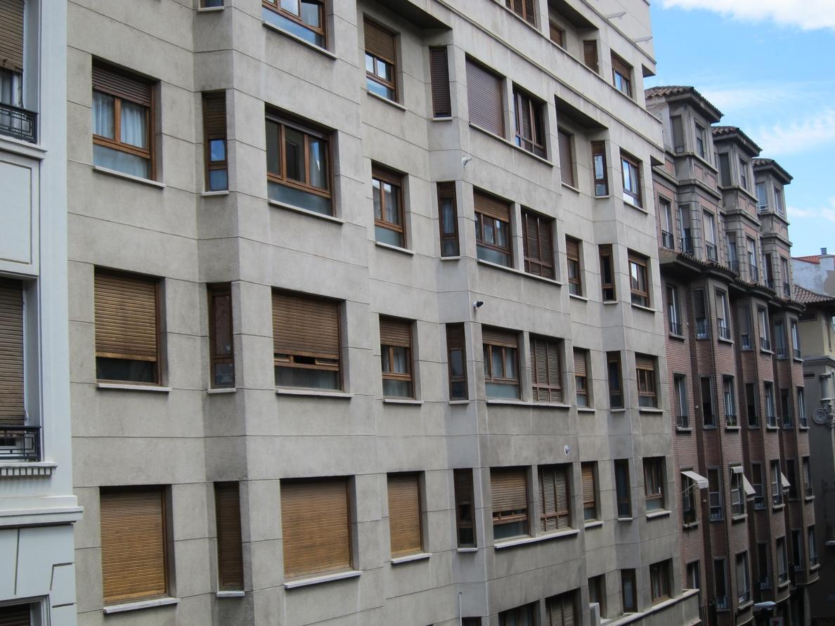 España cuenta con 792.970 viviendas de segunda mano en venta, el 3,1% del parque total, según idealista