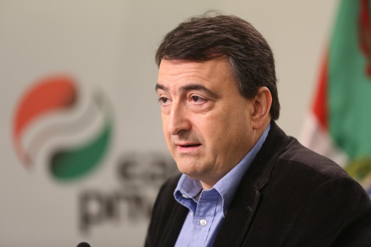 PNV dice que, aunque lo de Cataluña es «un precedente peligroso», las «relaciones con PP se mantienen absolutamente»