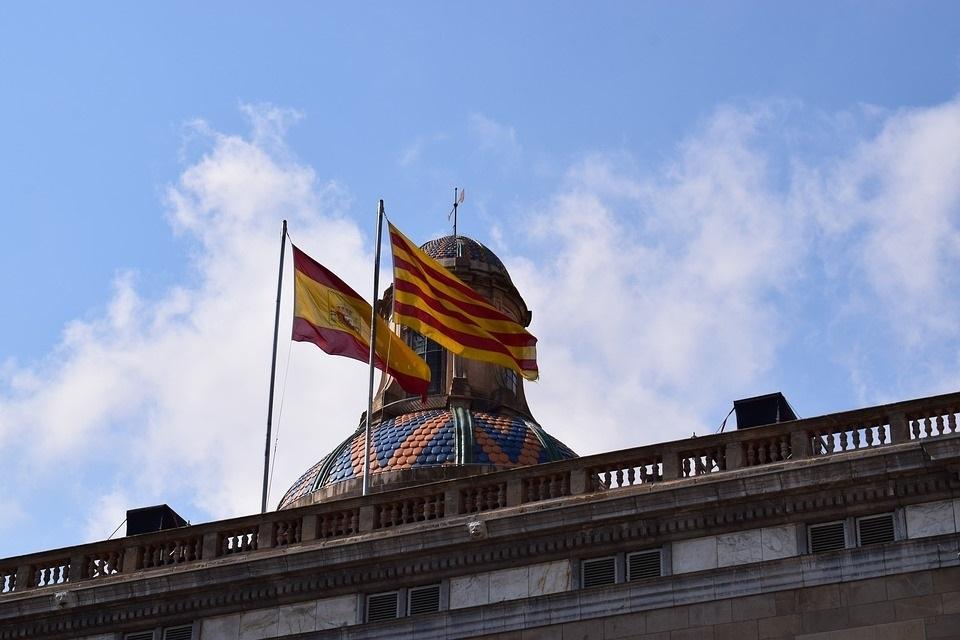 Casi 2.600 empresas salen de Cataluña desde el 1-O, aunque esta semana se registra el menor volumen
