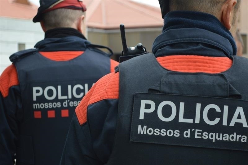 Guardia Civil y Mossos disparan a un hombre que gritaba en árabe «Alá es grande» en un control en La Junquera