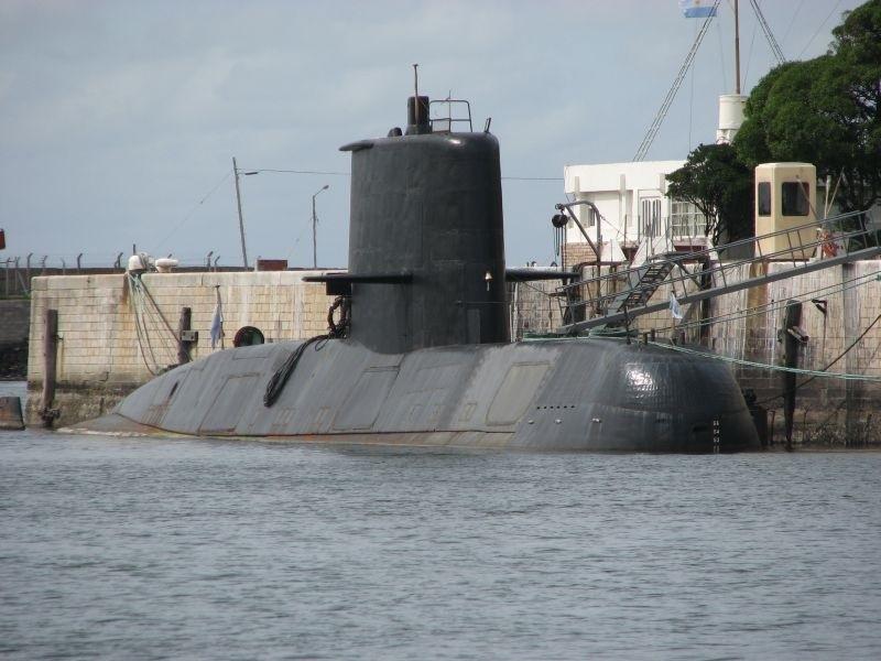 La Armada argentina recibe al menos 7 intentos de comunicación emitidos desde el submarino »ARA San Juan»