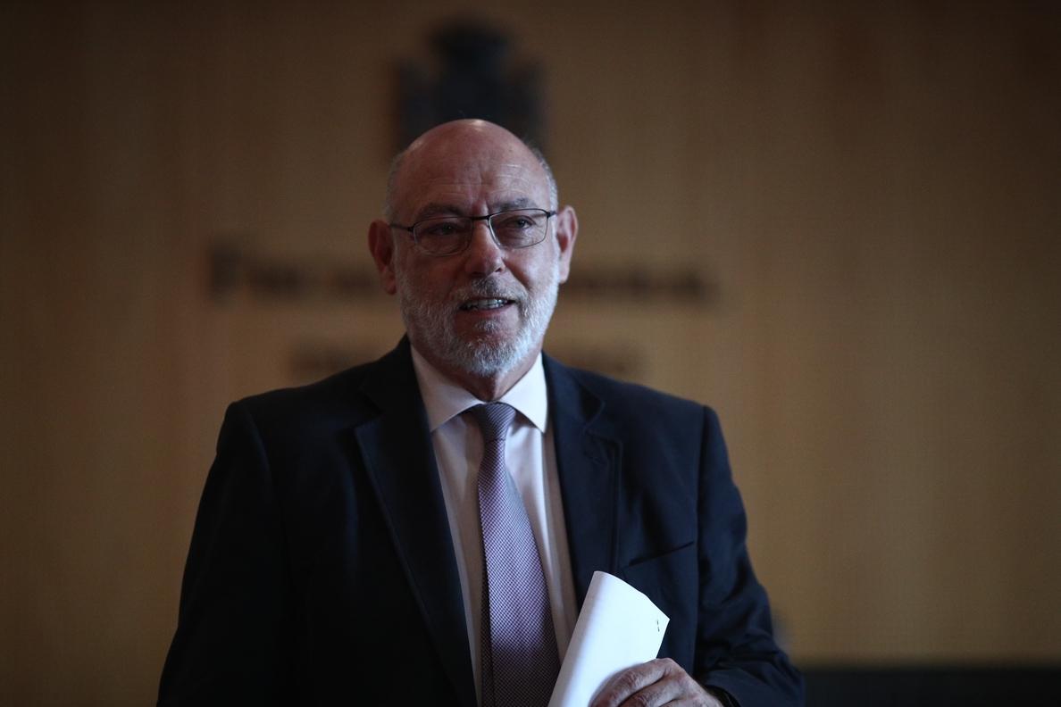 La Asociación de Fiscales despide con «orgullo» a José Manuel Maza por su «ejemplo de vida» y «profesionalidad»