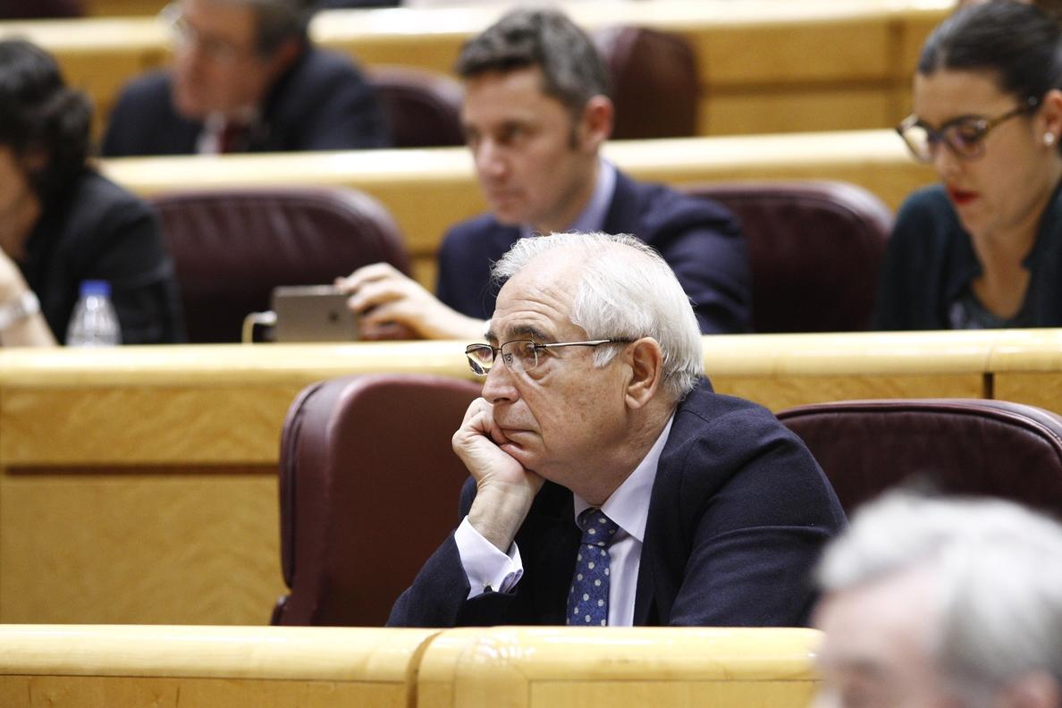 Imbroda replica a Montilla que los melillenses sienten España «mucho más que él» y exige una disculpa