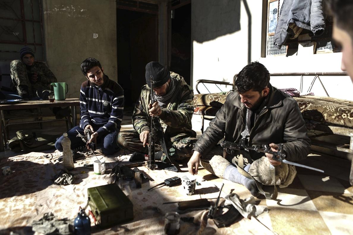 Al menos 5 muertos por disparos de artillería en Damasco y su periferia