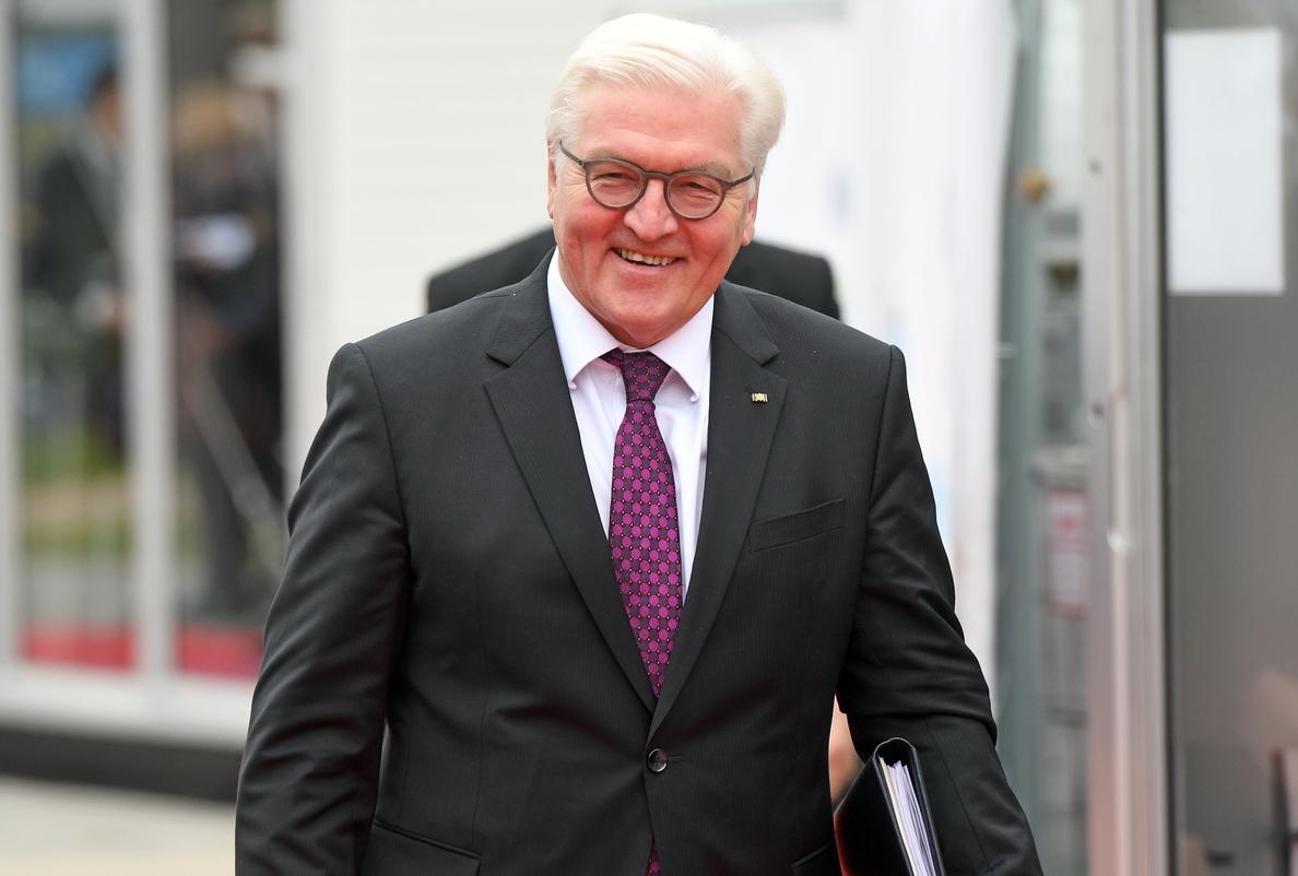 El presidente alemán descarta el adelanto electoral e insta a los partidos a negociar