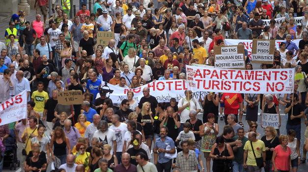 Los altos precios de la vivienda disparan la fuga de trabajadores de Baleares