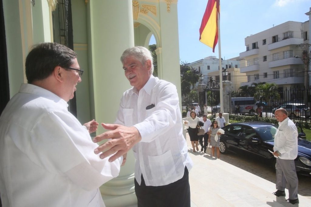 El Gobierno dice que no hay «decisión definitiva» sobre una visita de «alto nivel» a Cuba