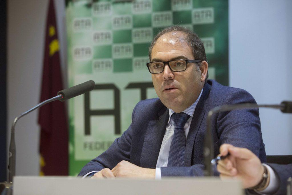 La ampliación de la tarifa plana beneficiará a 140.500 autónomos en 2018