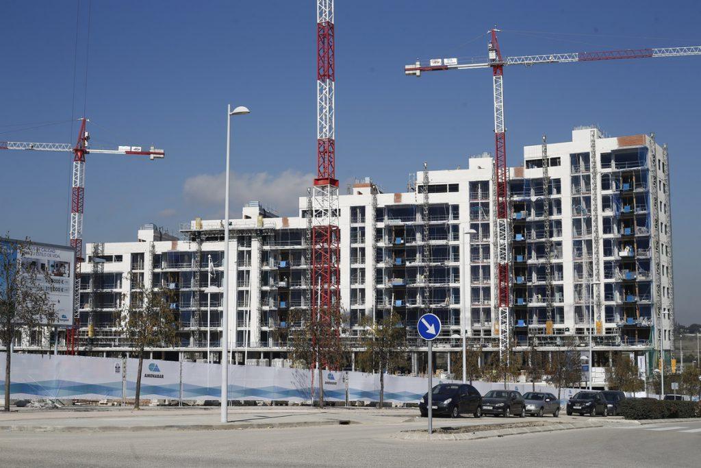 El precio de la vivienda nueva creció un 5% en 2017, el mayor alza en 10 años, según Sociedad de Tasación