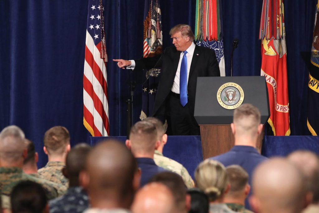 EE.UU. retiene 255 millones de dólares en ayuda a Pakistán por los roces sobre el terrorismo