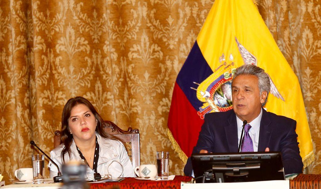 El presidente de Ecuador afirma que, por Constitución, Glas cesó anoche en su cargo
