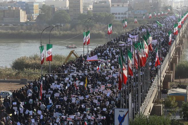 La «sedición» ha terminado pero el ejercito iraní está dispuesto a intervenir