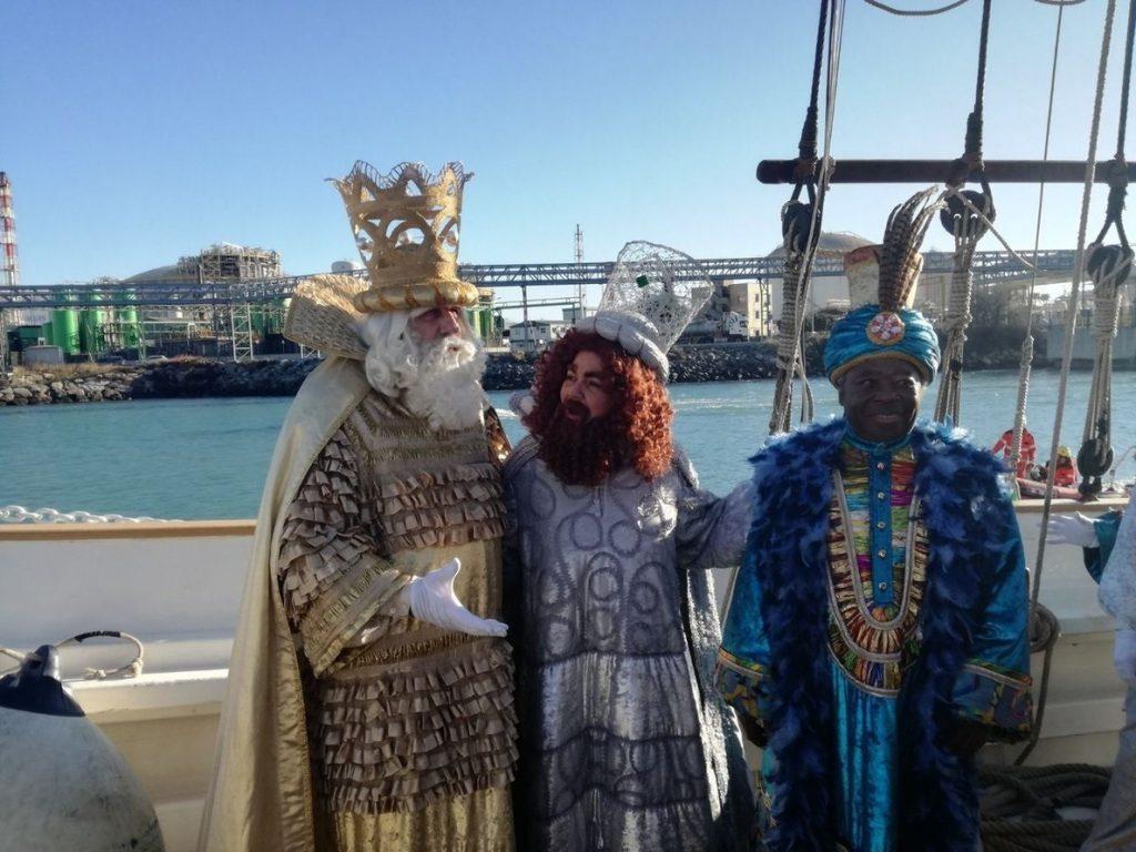 Colau asegura a los Reyes Magos que Barcelona quiere acoger a «todo el mundo»