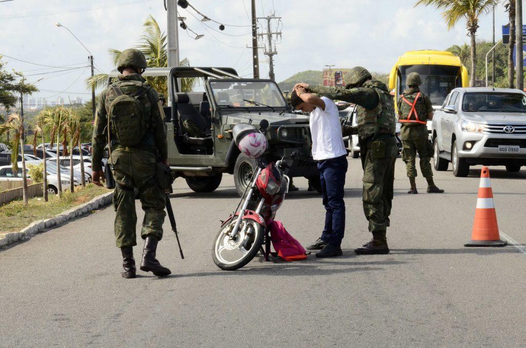 Declaran situación de emergencia en un estado brasileño con los policías en huelga