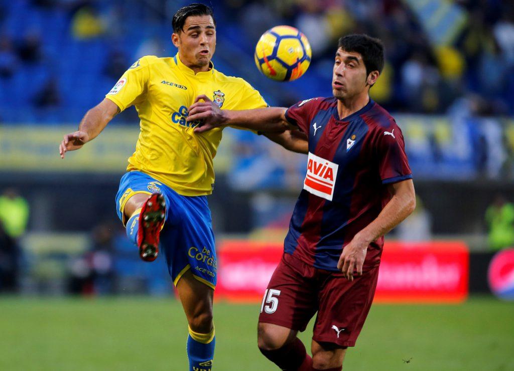 Fabián Orellana, «muy contento» por su gol y «el esfuerzo de todo el equipo»