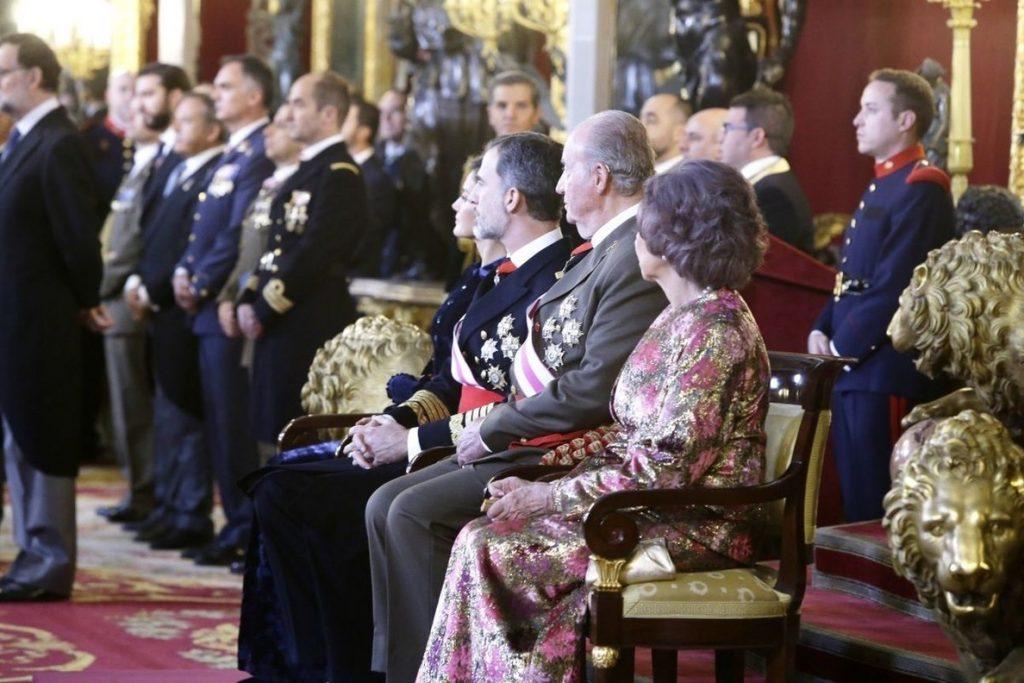 Felipe VI a su padre: «Gracias por tantos años de servicio leal a España»