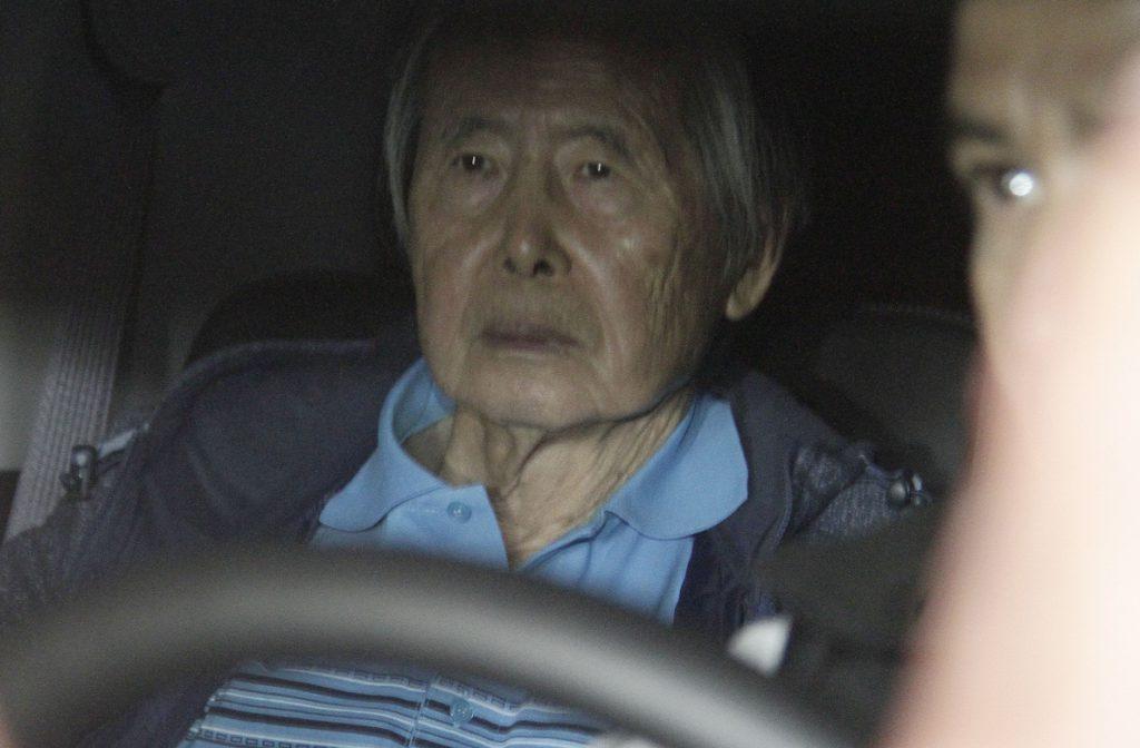 Fujimori debe 15 millones de dólares en reparaciones, pero no registra bienes