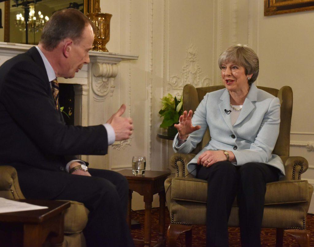 La primera ministra británica hará un reajuste del Gobierno