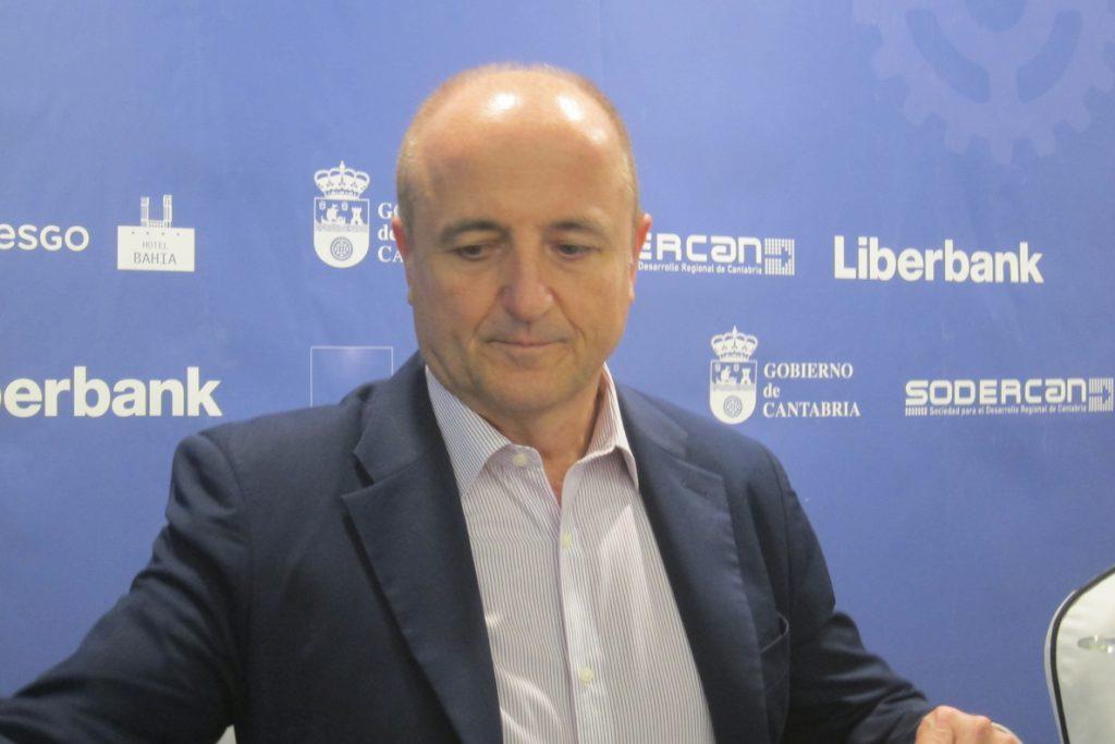Podemos de CyL pide la comparecencia de Miguel Sebastián y Alberto Nadal en la comisión de investigación sobre eólicas
