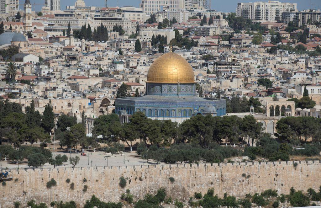 Dos jóvenes árabe-israelíes acusadas de planear un atentado del EI en Israel