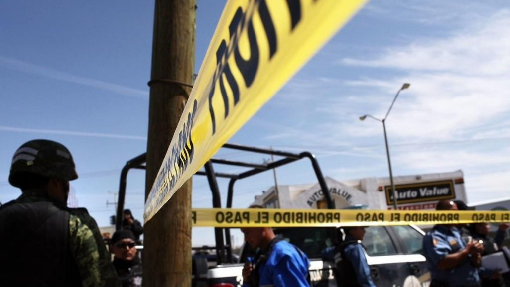 Un expolicía mexicano mata a su esposa y a sus dos hijas de cinco y dos años