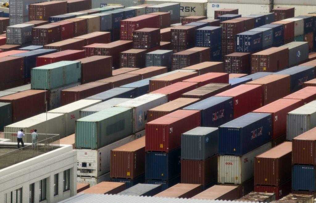 El BM sube la previsión del crecimiento global a un 3,1 % en 2018 por el alza del comercio