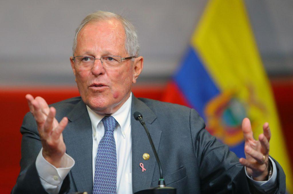 Kuczynski cambia nueve ministros y presenta el «gabinete de la reconciliación»