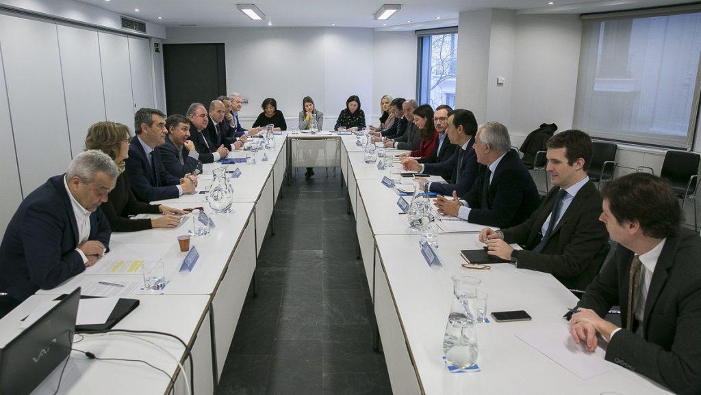 Maillo reúne al aparato del PP para preparar la agenda del partido, que incluirá una campaña de afiliación