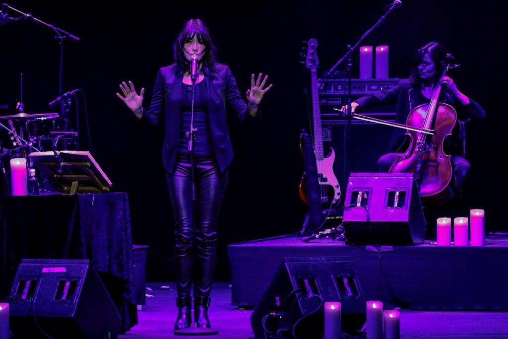 Bruni otorga su tono francés a iconos de la música contemporánea