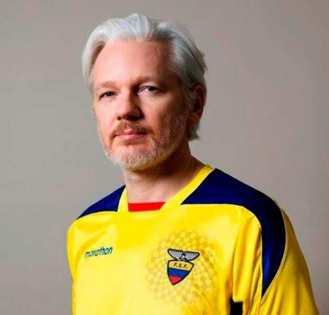 Ecuador concede la nacionalidad a Assange tras pasar casi seis años recluido en la Embajada de Londres