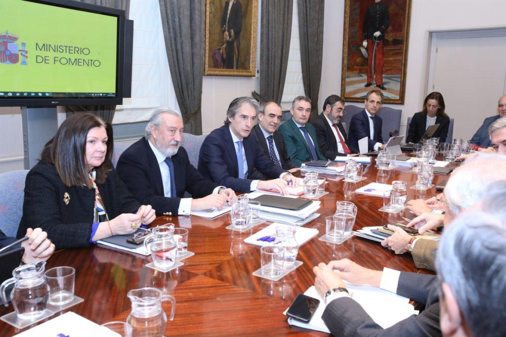 Fomento recibe 250 sugerencias a su Plan de Innovación para el Transporte