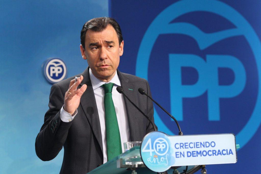 Maillo reprocha al PSC y a Cs que no cedan al PP el diputado que necesita para formar grupo en el Parlament