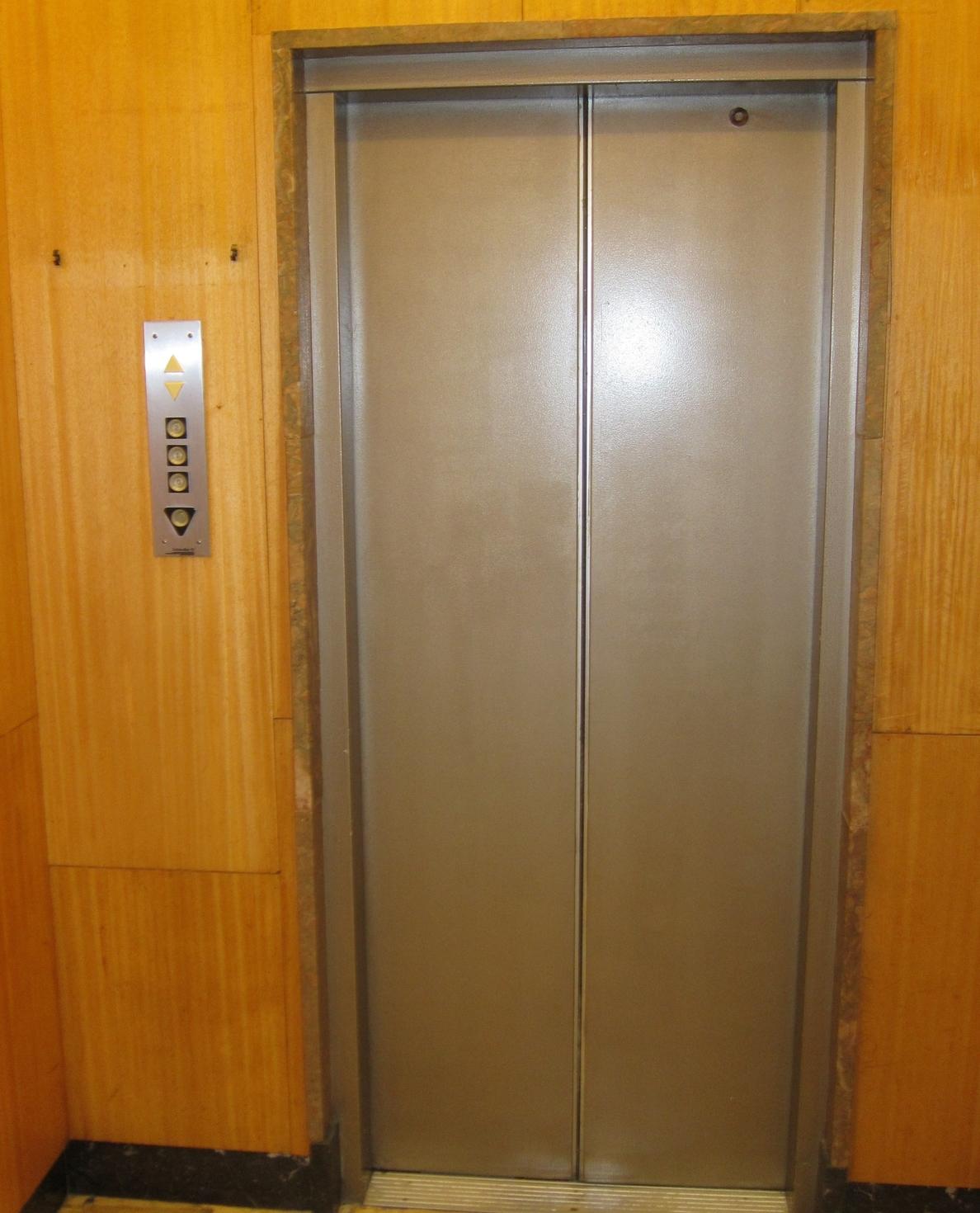 El sector de inspección de ascensores avisa de que su liberalización ha supuesto pérdida de solvencia y rigor