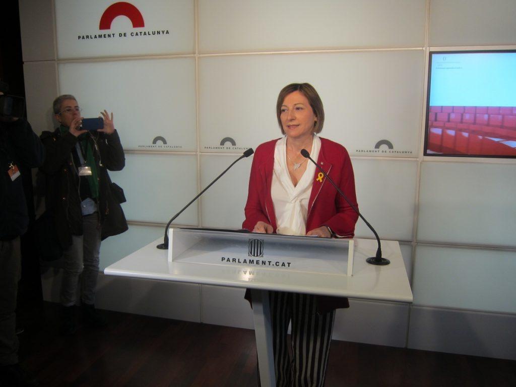 Forcadell pide un informe de la constitución del Parlament pero no de la investidura