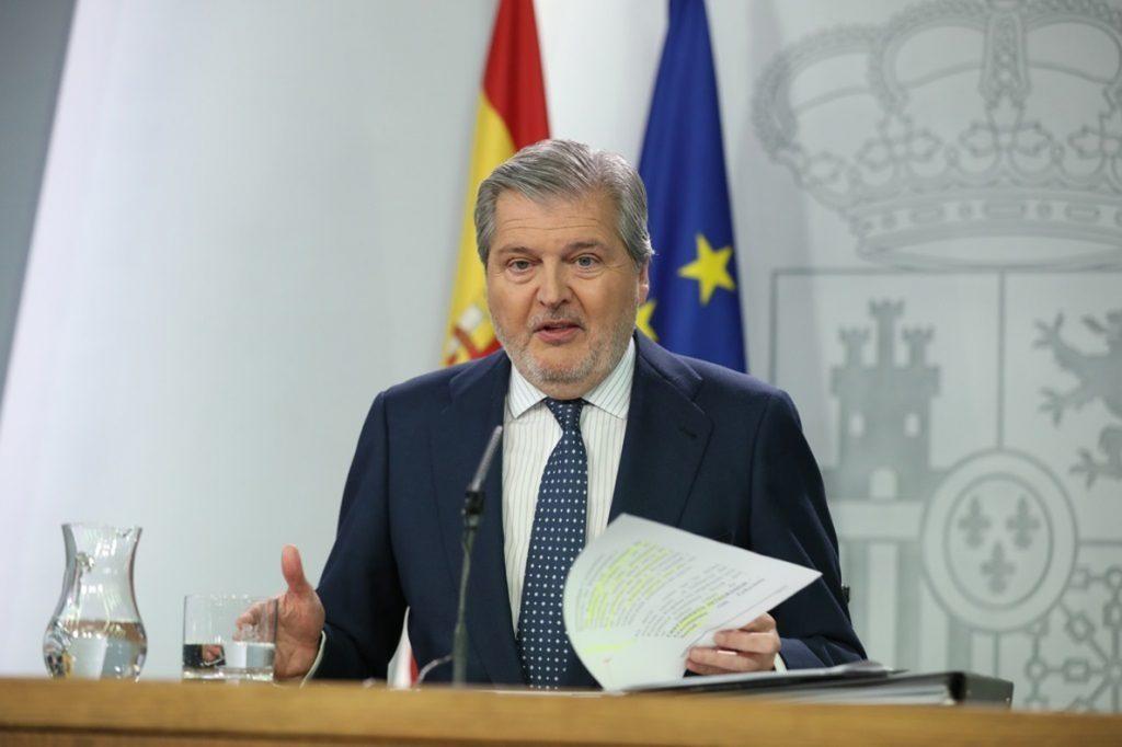 Méndez de Vigo critica que Cs no permita a PP grupo propio