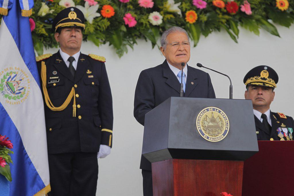 El Salvador envía una nota de protesta a EE.UU. por las expresiones de Trump sobre el país