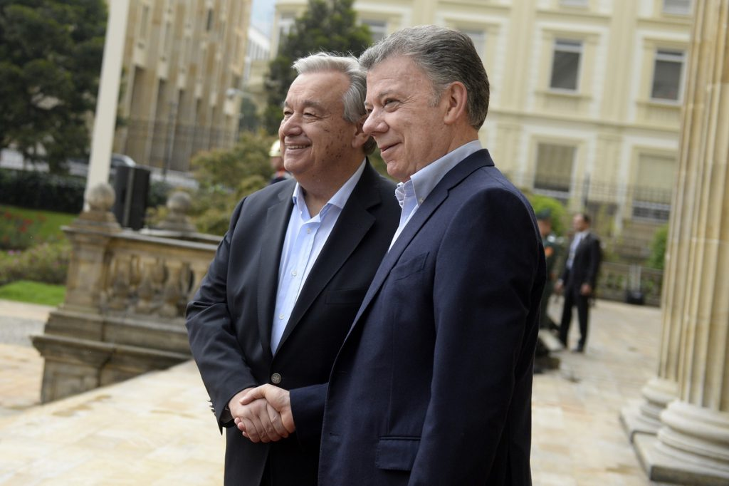 Guterres llega a Colombia para respaldar el proceso de paz con FARC y ELN