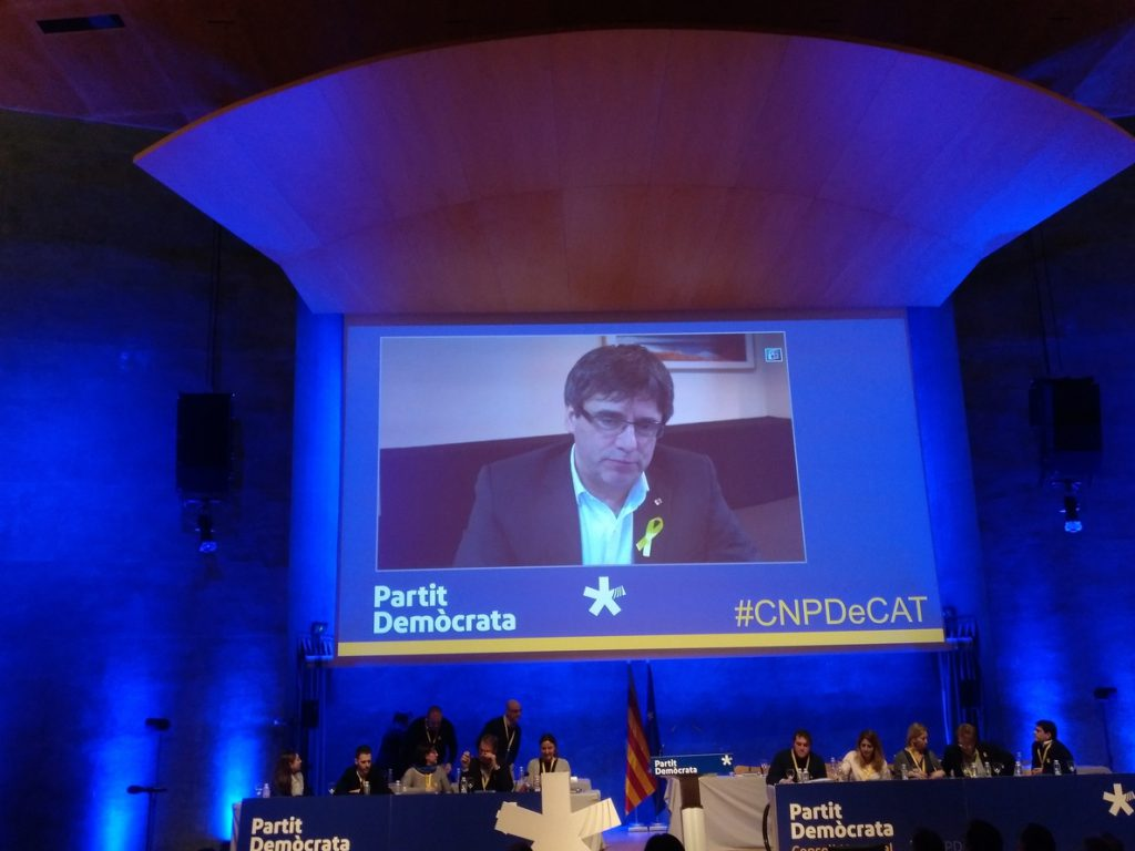 Puigdemont reclama no «subvertir» el mandato de las urnas con debates reglamentarios
