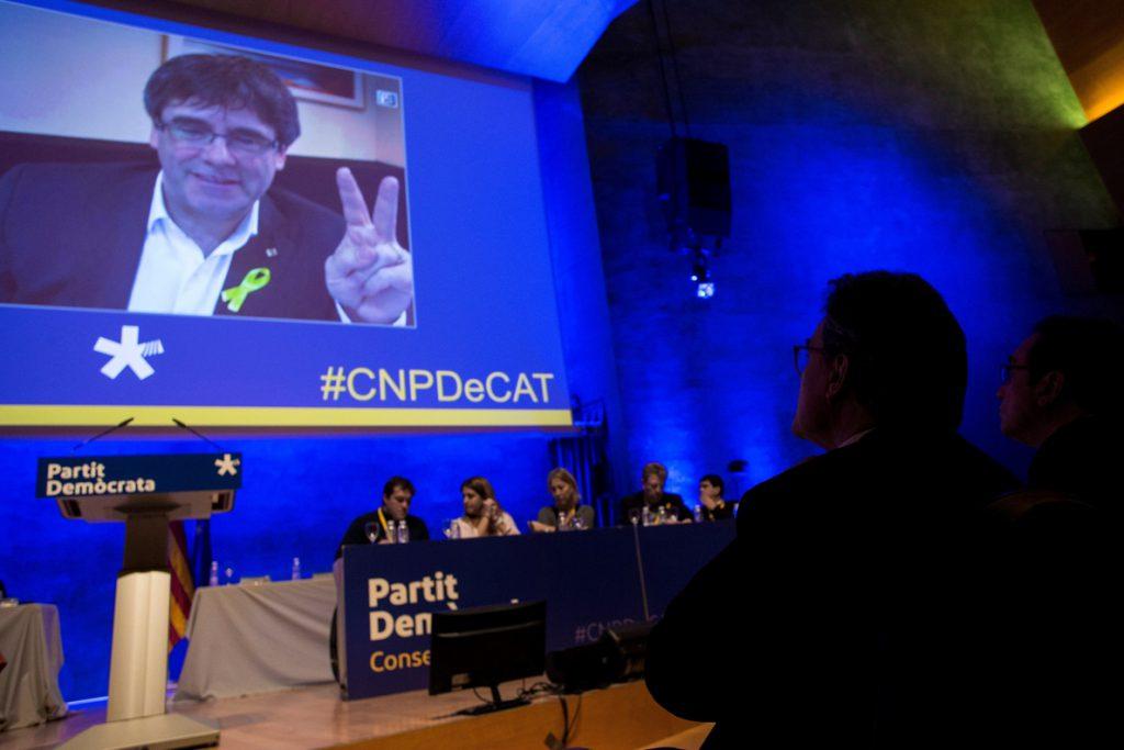 Puigdemont y Mas piden unidad al PDeCAT para sumar con JxCAT y ensanchar base