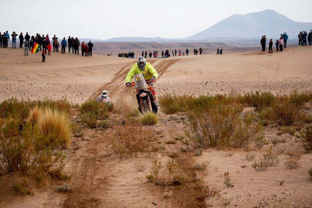 El francés Meo se adjudica en motos la octava etapa del Dakar, en la que Barreda compite lesionado