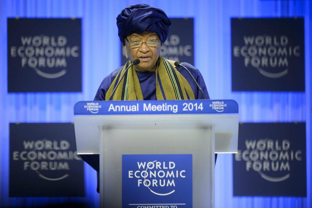 El partido gobernante en Liberia expulsa a la presidenta Johnson-Sirleaf
