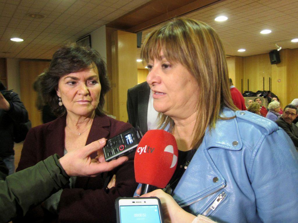 Carmen Calvo acusa al PP de propiciar una involución en materia de igualdad de género y falta de presupuestos