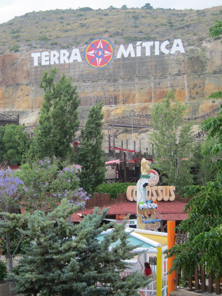 El Consell cobra los tres millones de deudas pendientes de los terrenos adyacentes al parque Terra Mítica
