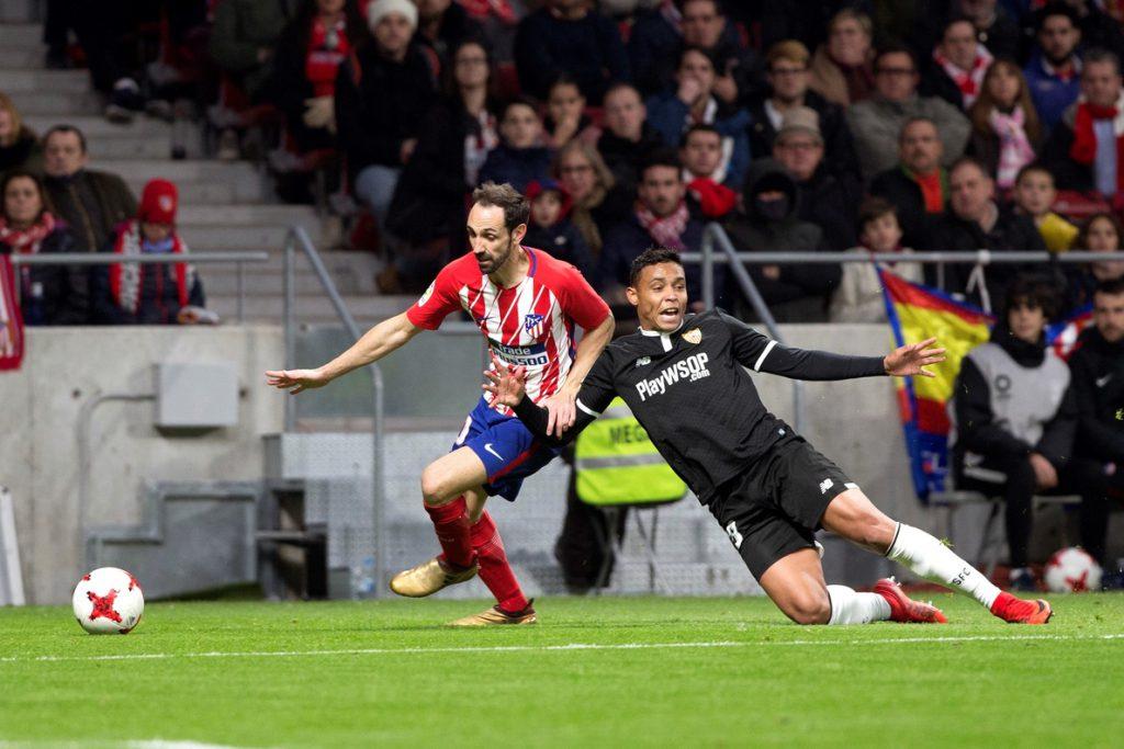 El Sevilla remonta y saca ventaja del Metropolitano (1-2)