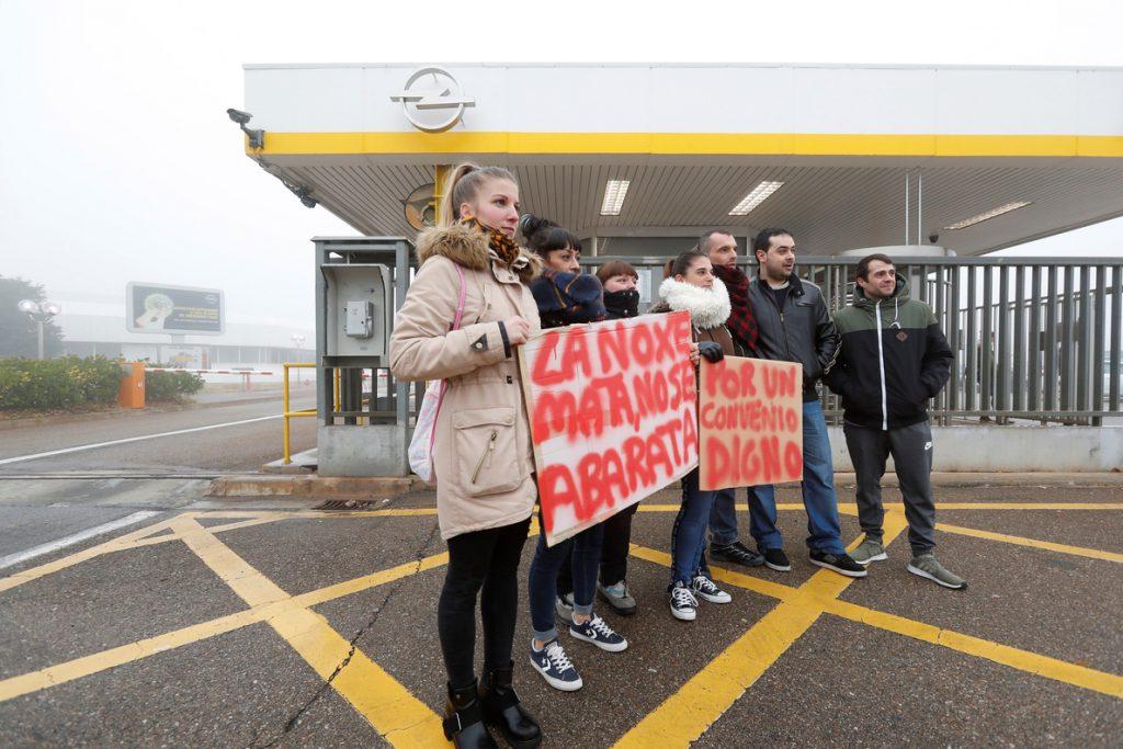 Los sindicatos ven insuficiente la propuesta de Opel para alcanzar un acuerdo