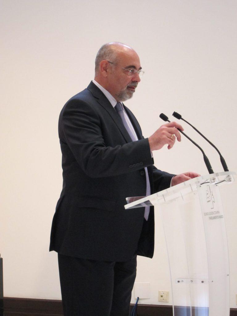 Pastor destaca el «punto de inteligencia» demostrado por el Constitucional, que deja «satisfechos a los socialistas»