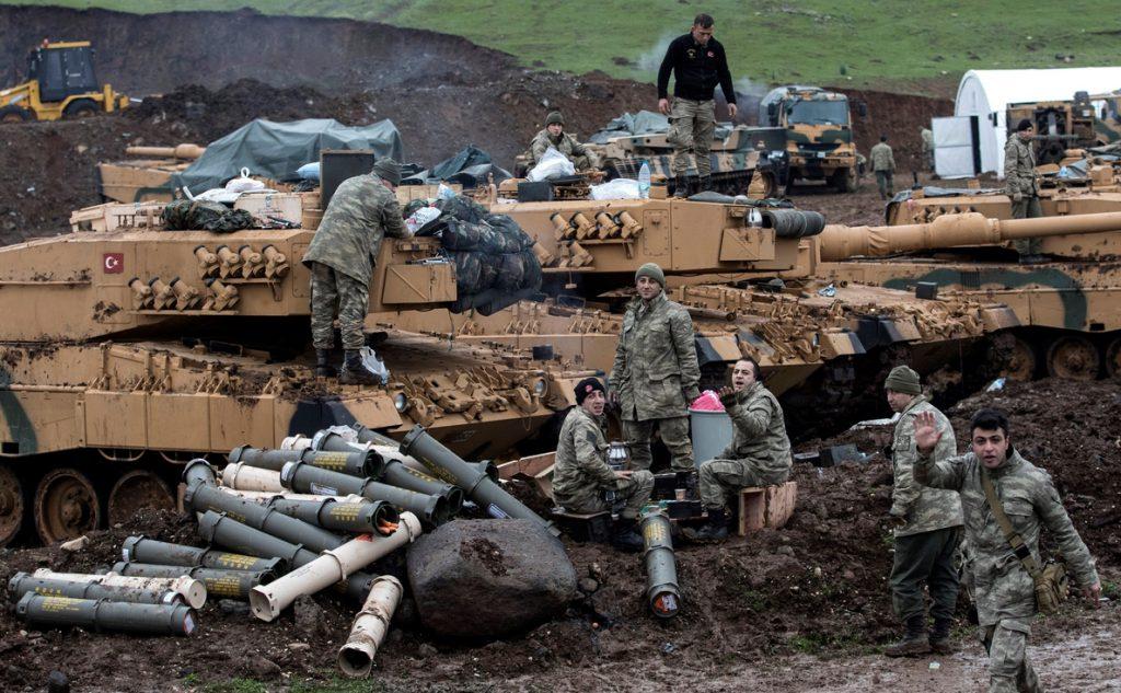 Los kurdos de Afrín se quedan solos tras derrotar al Estado Islámico