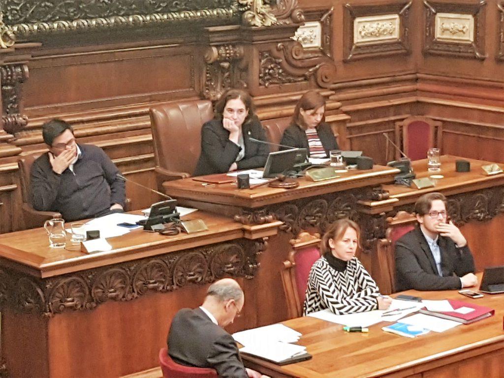 Colau cree que la oposición se enfoca a las elecciones de 2019 al votar los Presupuestos
