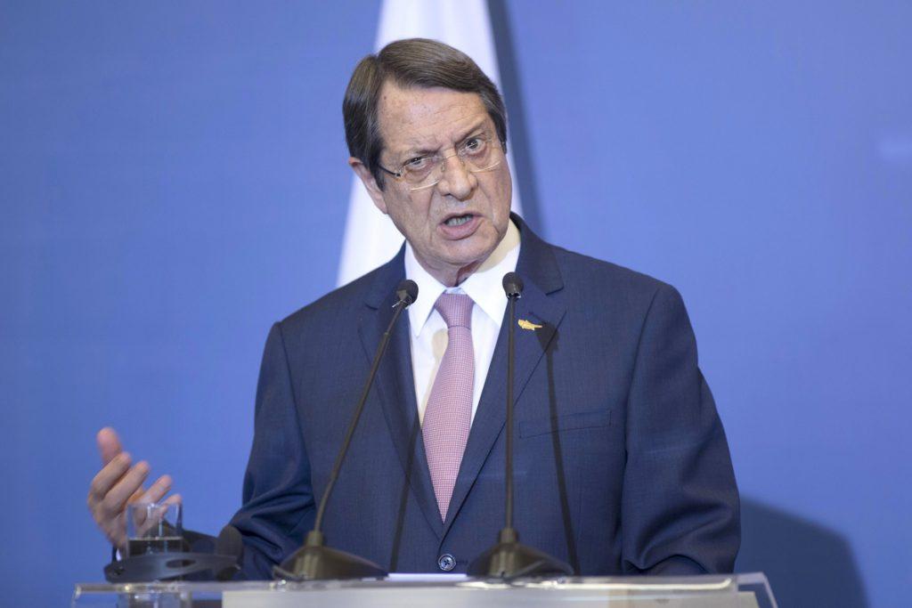 Anastasiades y Malas se disputan la Presidencia de Chipre con la paz en el horizonte