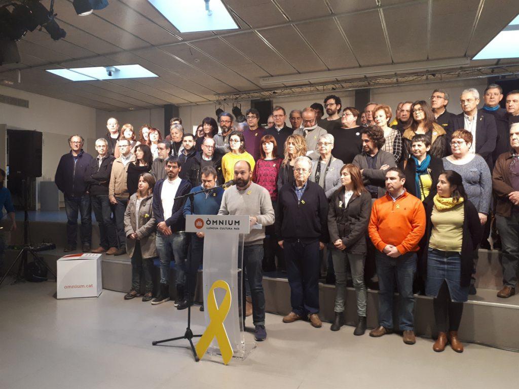Òmnium pide «máxima unidad y generosidad» para resolver la investidura lo antes posible
